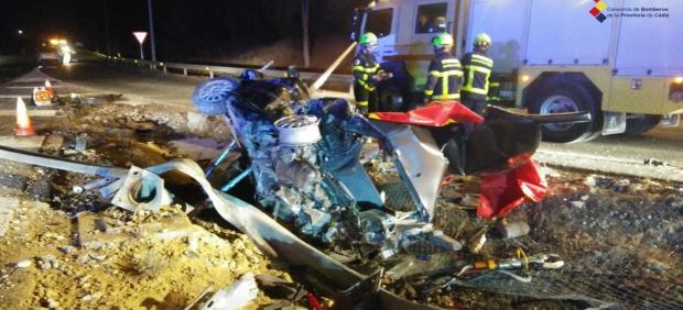 Vehículo siniestrado en un accidente mortal en San Roque