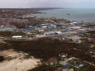 Fotografía aérea de los daños causados por Dorian en la isla de Great Abaco (Bahamas)
