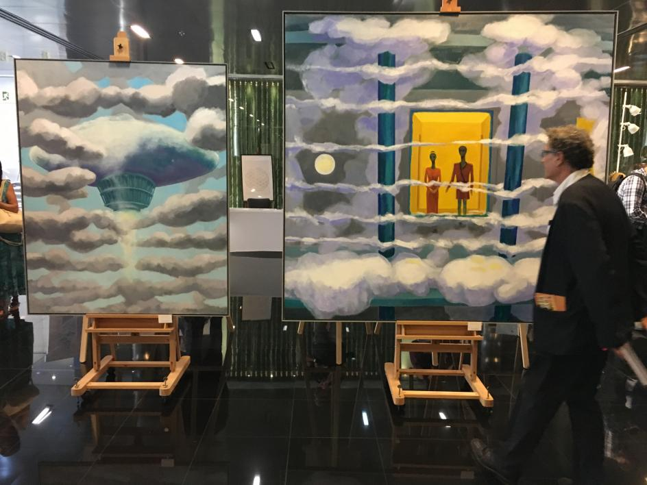 Una obra en lienzo expuesta en el Congreso de Ufología de Barcelona