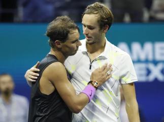 Rafael Nadal y Daniil Medvedev