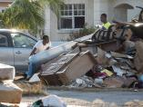 La cifra oficial de muertos por el huracán Dorian es de 44 una semana después.
