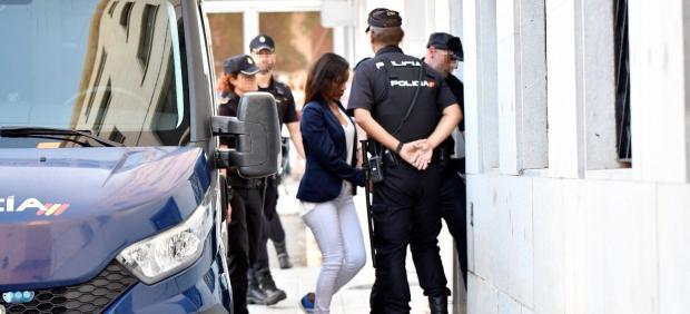 Ana Julia llega a los juzgados