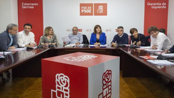La Comisión Ejecutiva del PSE-EE, presidida por su secretaria general, Idoia Mendia