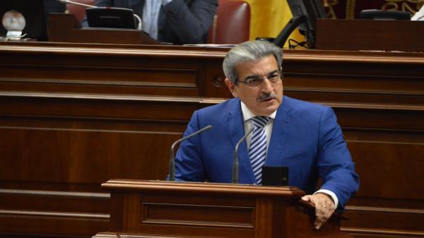 El consejero de Hacienda del Gobierno de Canarias, Román Rodríguez