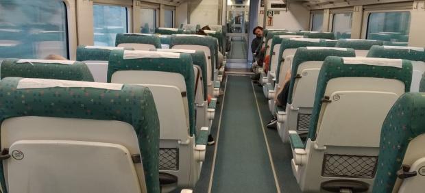 Interior de un Alvia de Renfe que cubre el trayecto Gijón-Madrid.