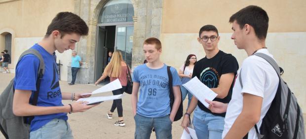 Estudiantes EBAU, UPCT