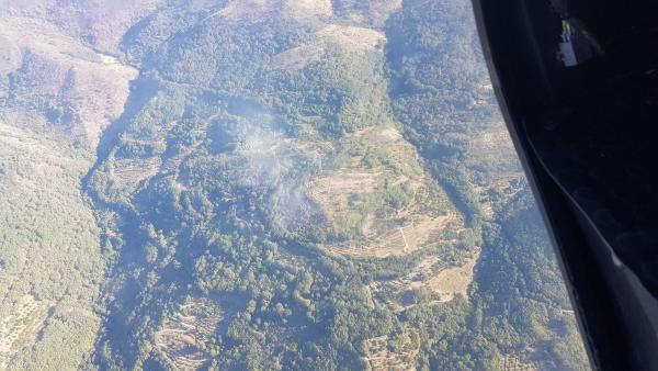 Imagen aérea del incendio en Garganta la Olla