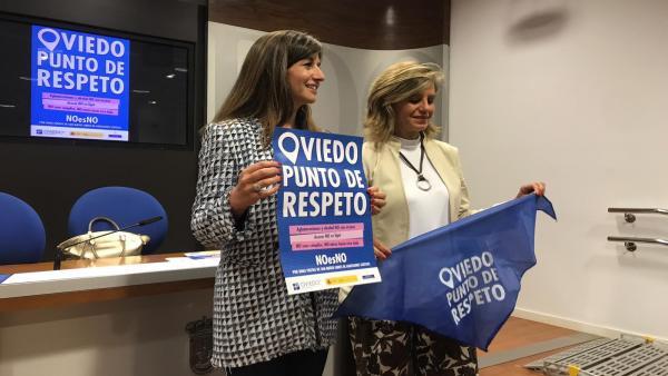 Leticia González y Concepción Méndez durante la presentación de la campaña.