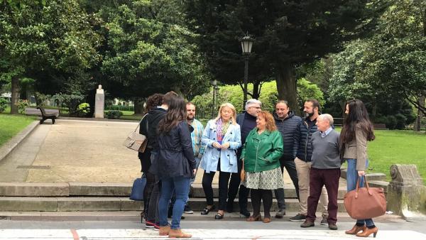 Cristina Coto durante una visita al parque San Francisco.