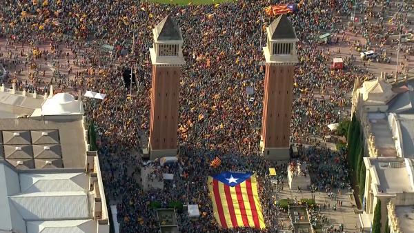 La Guardia Urbana cifra en unos 600.000 los asistentes a la Diada.