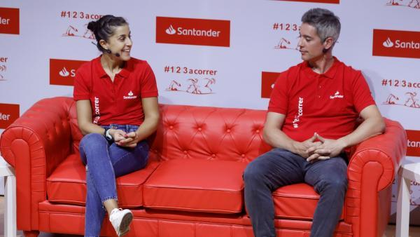 Carolina Marín y su entrenador, Fernando Rivas