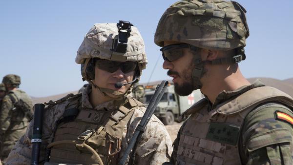 La Brigada 'Canarias' XVI se adiestra en un ejercicio bilateral con los Marines de EEUU en la isla de Fuerteventura