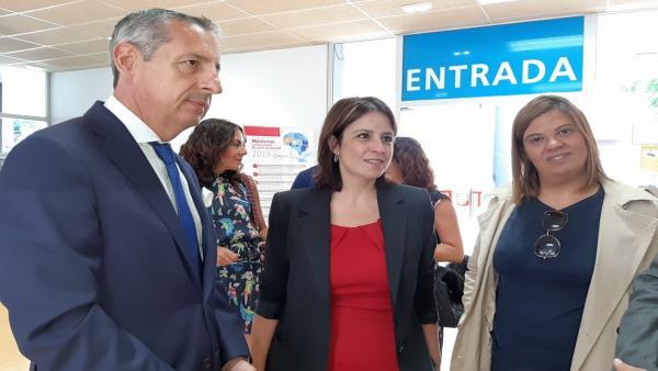 La vicesecretaria del PSOE, Adriana Lastra, antes de su visita a la Fidma