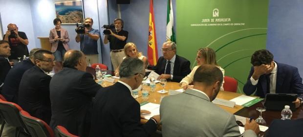 Reunión por el Brexit entre Junta de Andalucía y alcaldes del Campo de Gibraltar