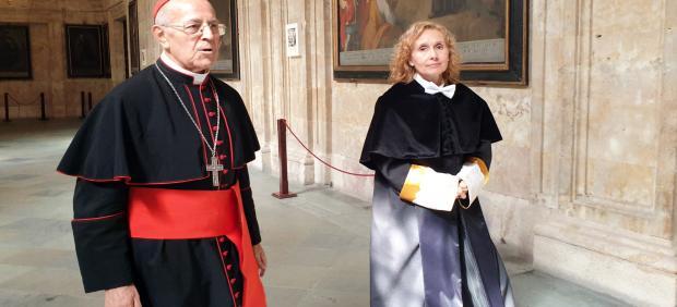 La rectora de la UPSA junto al gran cardenal de la institución, Ricardo Blázquez.