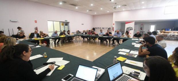 Reunión del grupo de JxCat en el Parlament en Mollerussa (Lleida).