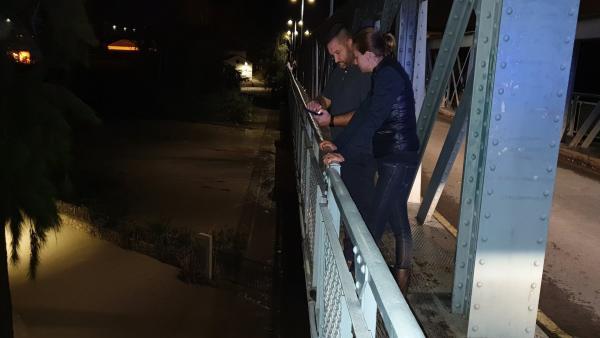 Se desborda el río Segura a su paso por Archena, la alcaldesa junto al jefe de Policía Local