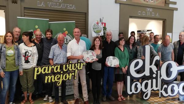 Entrega de los III Premios CPAEN a INTIA y el agricultor ecológico Franco Malucelli