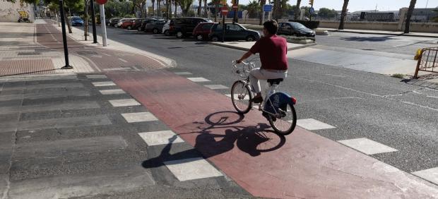 Carril Bici, ciclista, bicicleta