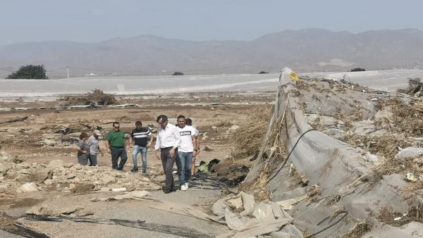 Hernando visita las zonas afectadas por el temporal.