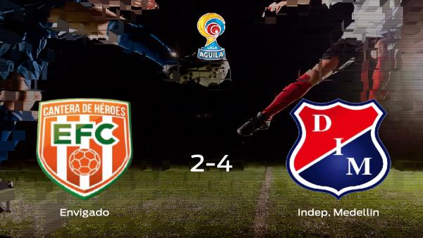 El Independiente Medellin se impone al Envigado y consigue los tres puntos (2-4)
