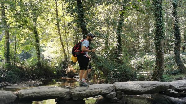 Roberto Leal en una etapa del Camino de Santiago