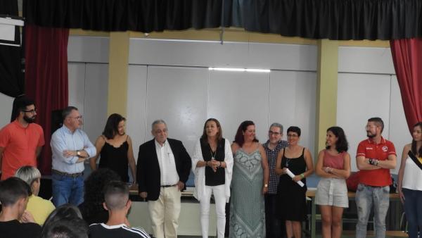 En el centro, la delegada de Educación en Almería, María del Carmen Castillo