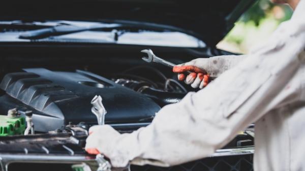 ¿En qué ciudades de España es más barato y más caro reparar el coche?