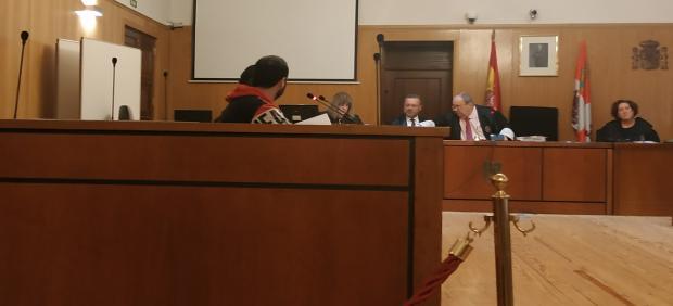 El ya condenado, durante el juicio por abusos sexuales sobre un menor celebrado en la Audiencia de Valladolid.