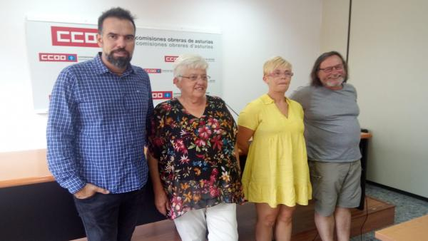 Ana Mari García, segunda por la izquierda