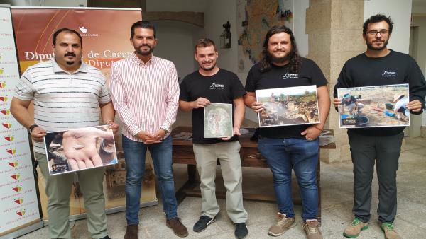 Presentación del proyecto arqueológico de Hernán Pérez