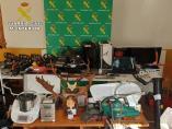 Objetos incautados por la Guardia Civil en la operación 'Tiñosas'