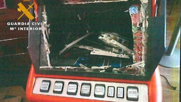 Máquina en la que se simuló un robo en El Salobral