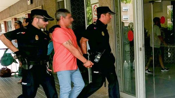 Bernardo Montoya acude al hospital