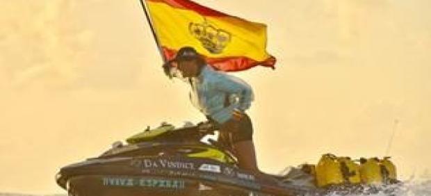 Álvaro de Marichalar en su moto de agua