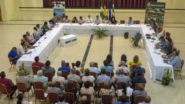 Reunión para la constitución de la Mesa Provincial de la Ganadería Extensiva en Huelva.
