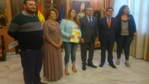 Adelante, el PSOE y Cs defienden la figura de Blas Infante