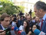 Enganchón entre el alcalde Almeida y Ortega Smith