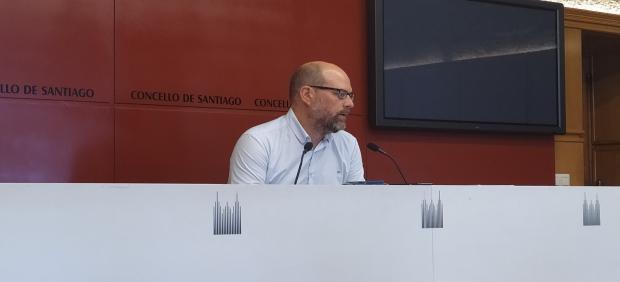 El portavoz municipal de Compostela Aberta, Martiño Noriega