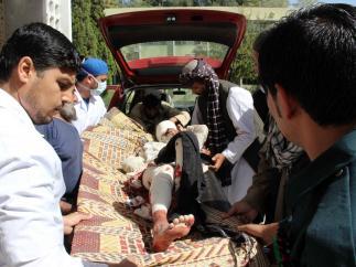 20 muertos y 90 heridos en un hospital de Qalat.