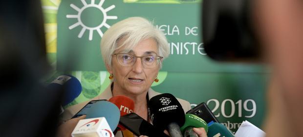 La fiscal general del Estado, María José Segarra, ofrece declaraciones a los medios de comunicación durante su visita a la Escuela de Verano del Ministerio Fiscal,  en Bergondo (A Coruña), a 19 de septiembre de 2019