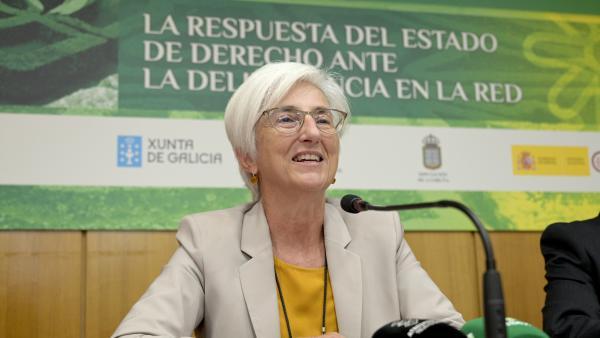 La fiscal general de l'Estat, María José Segarra, ofereix declaracions als mitjans de comunicació durant la seva visita a l'Escola d'Estiu del Ministeri Fiscal, a Bergondo (la Corunya), 19 de setembre del 2019