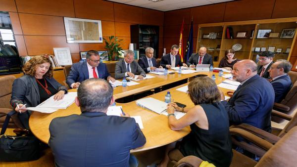 [Gruposociedad] Np El Gobierno De Canarias Y El Estado Acuerdan Las Primeros Transferencias De Las Cantidades Que Se Adeudan A Las Islas Por El Anterior Convenio De Carreteras