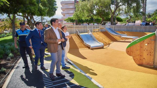 El presidente del Cabildo de Tenerife, Pedro Martín, en la inauguración del parque El Laurel
