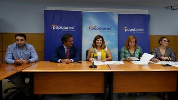 La presidenta del PP, María José Sáenz de Buruaga, en el Comité Ejecutivo del PP