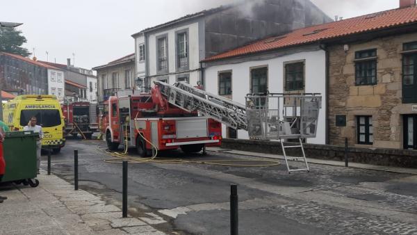 Incendio en una vivienda de Santiago de Compostela