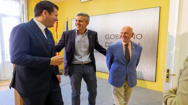 Jacobo Pombo, Pablo Zuloaga y Eduardo Echevarría