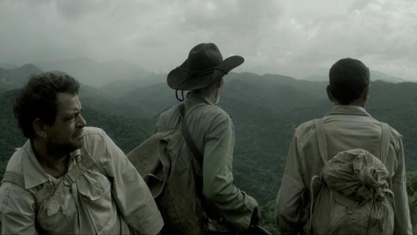Fotograma de 'A los que luchan'