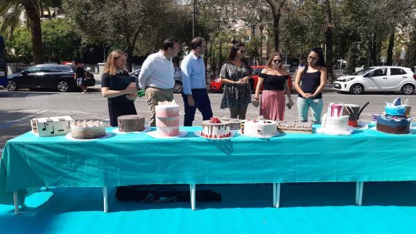El alcalde de Palma, José Hila, visita una de las iniciativas de Park (ing) Day en Palma.