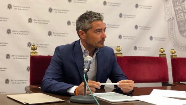 El concejal de Empleo y Comercio de Granada, Manuel Olivares, en imagen de archivo
